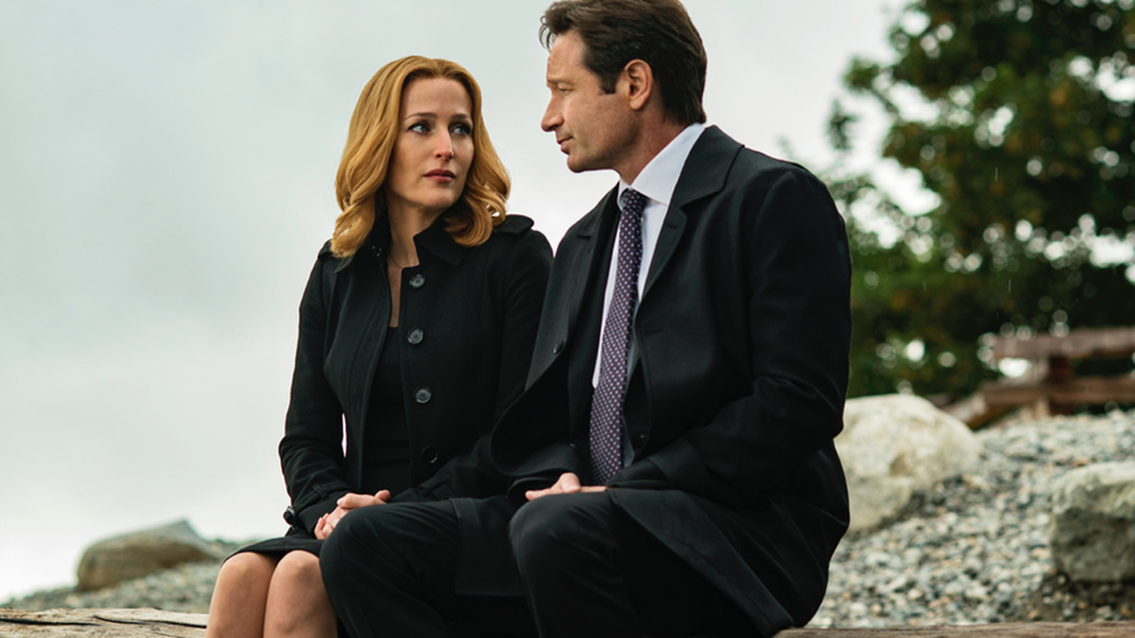 The X-Files is officially returning for 10-episode, 11th season