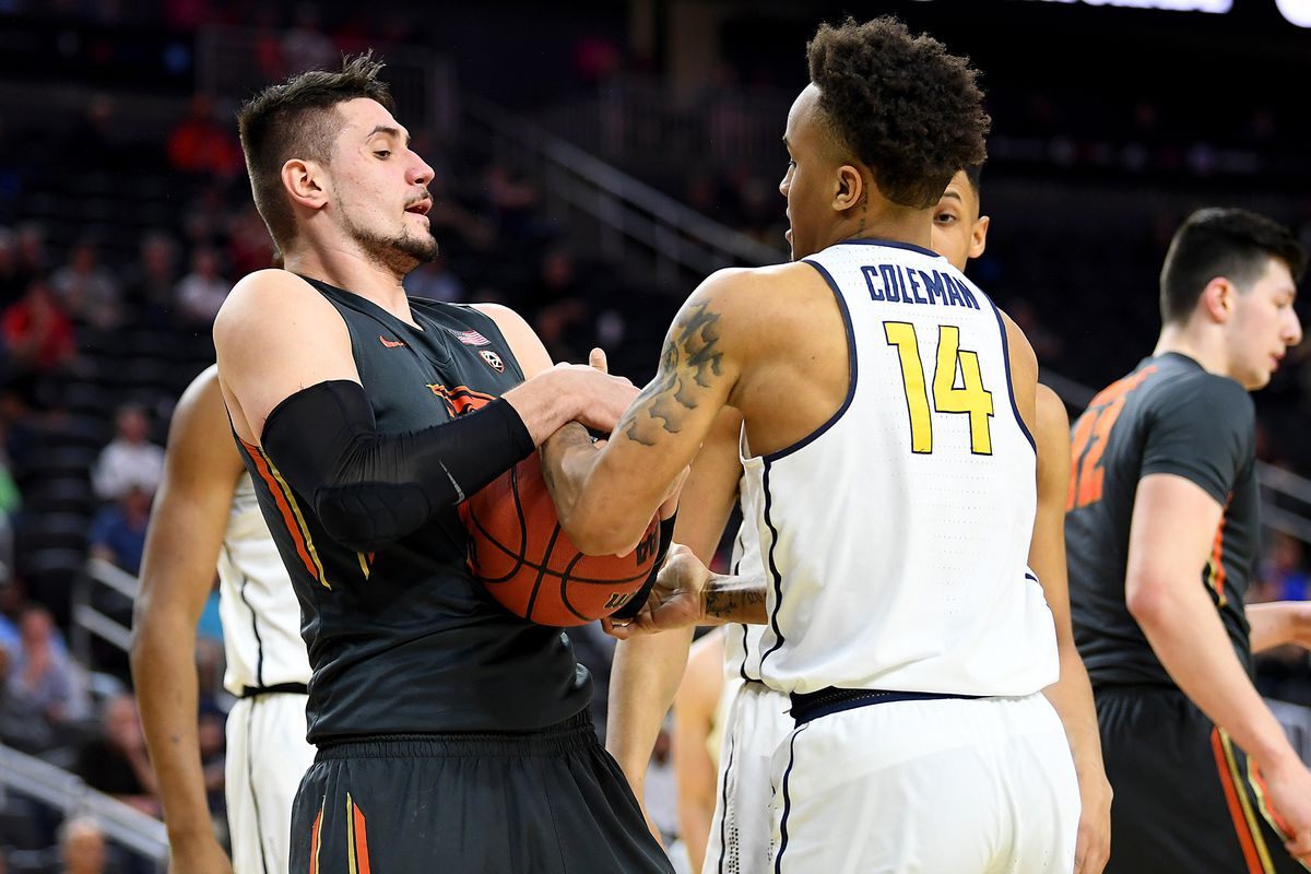 Cal Bears Hold on, Win in Pac-12 Tournament's First Round