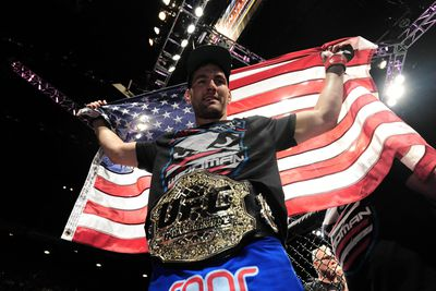 community news, UFC 194: Chris Weidman signs sponsorship deal with Reebok, lands customized sneakers (pic)