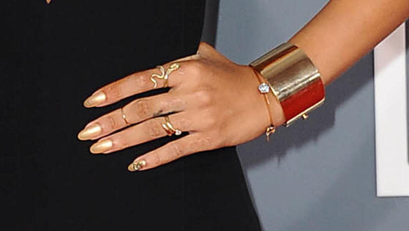 Gallery For gt Rihanna Nails Diamonds