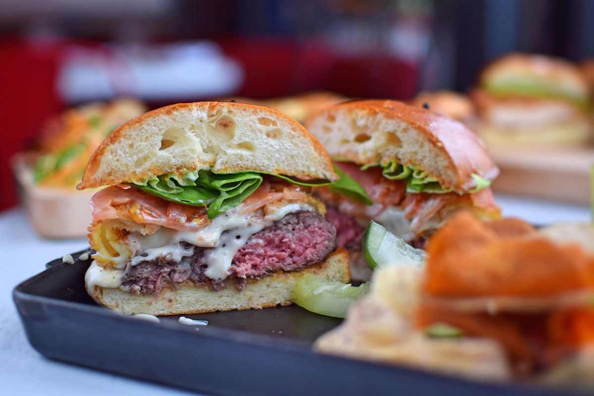 cricket burgers roy choi s greatest accomplishment and more a m the brunch burger at catch west hollywood catch la
