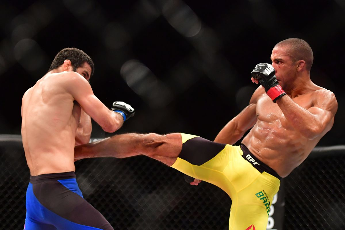 Edson Barboza Annihilates Beneil Daruish With Flying Knee At UFC Fortaleza