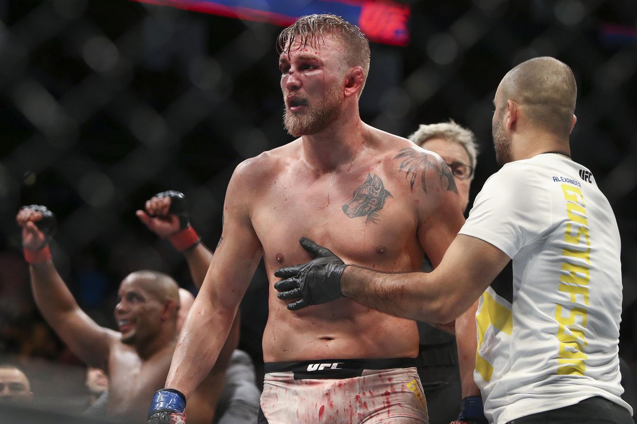 Josh Barnett Submits Andrei Arlovski In Main Event Of UFC Hamburg