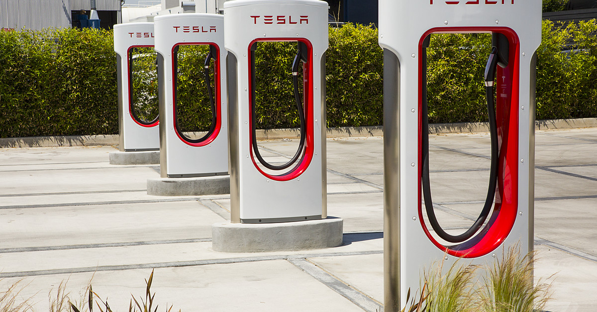 Tesla wants to turn some of its Supercharger stations into convenience stores