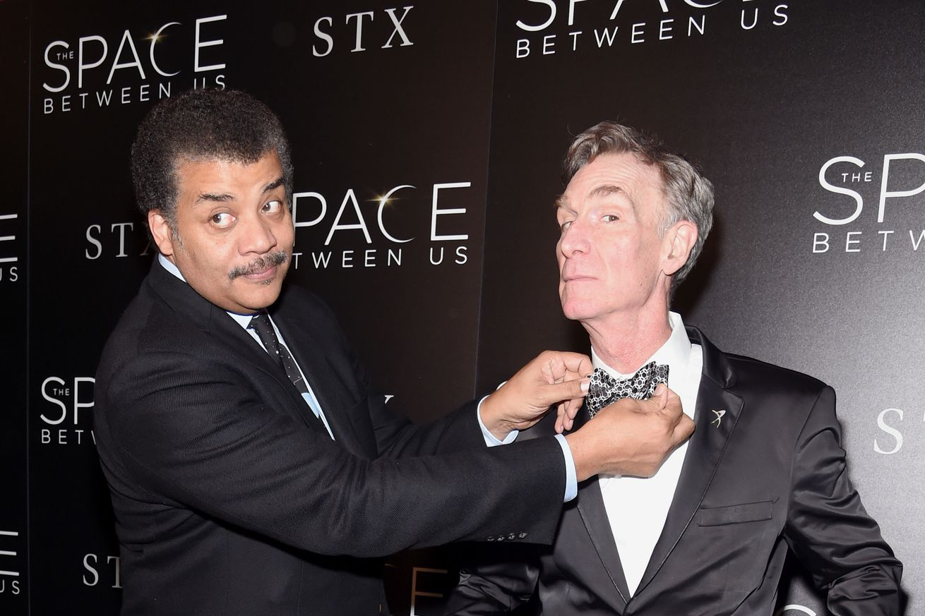 With animal farts and singing mice, Twitter's scientists introduce themselves to Bill Nye