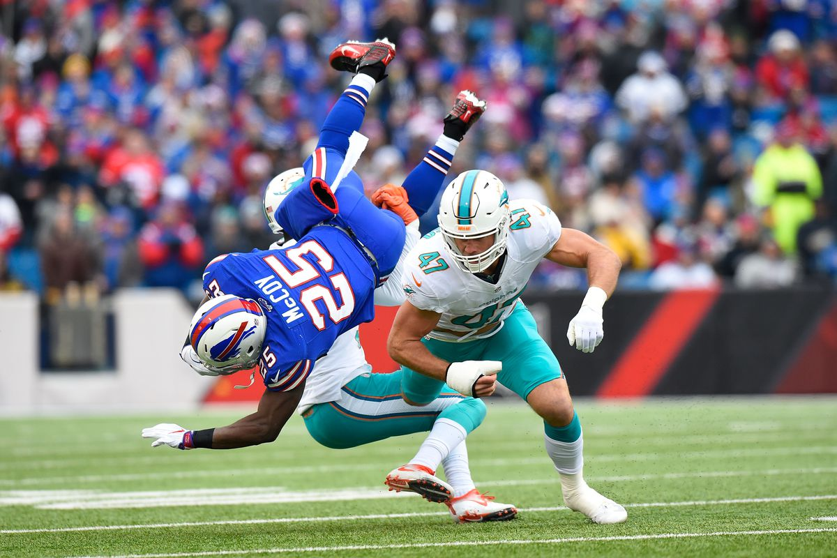 LeSean McCoy fires shots at Kiko Alonso on Instagram