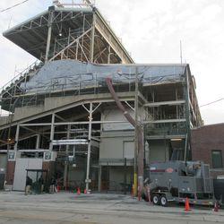 Shrouded upper deck construction