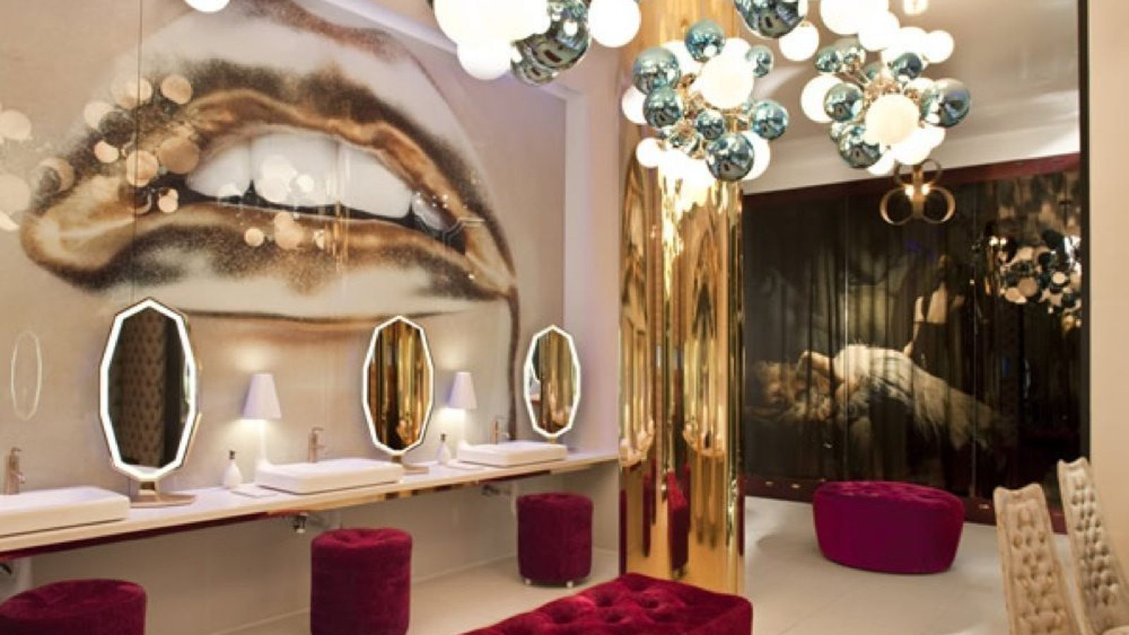 Could vanity have the best bathroom in america eater vegas for Best bathrooms in america