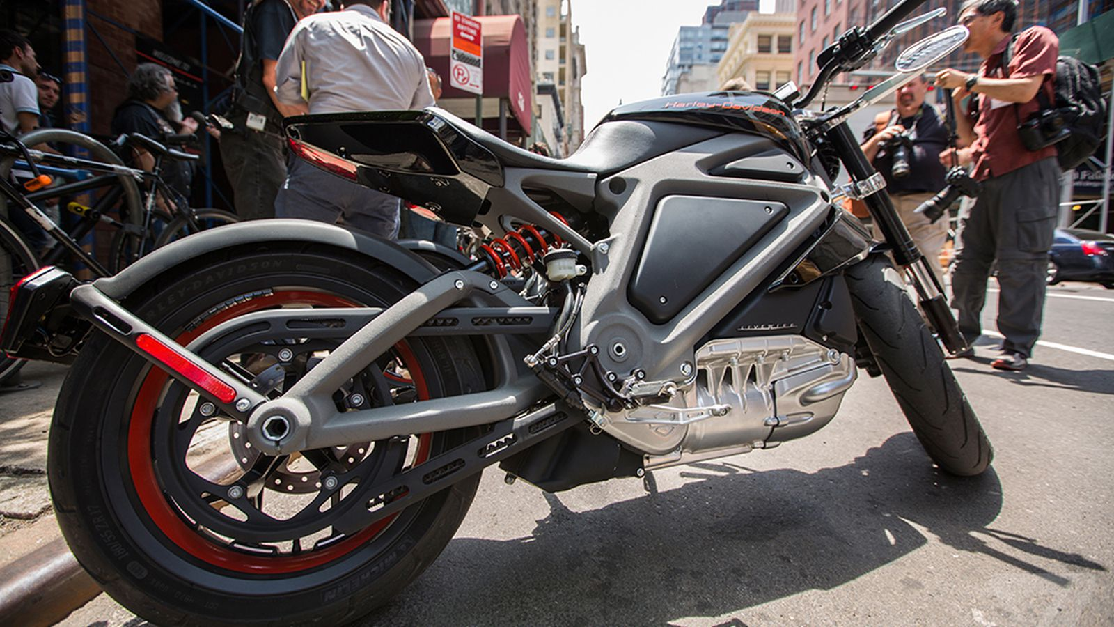 We rode Harley-Davidson's incredible electric motorcycle ...