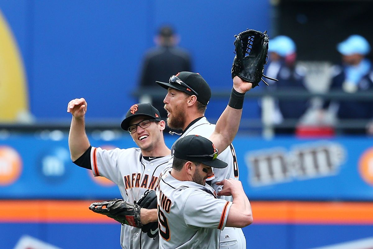 Giants put Melancon on DL with pronator strain