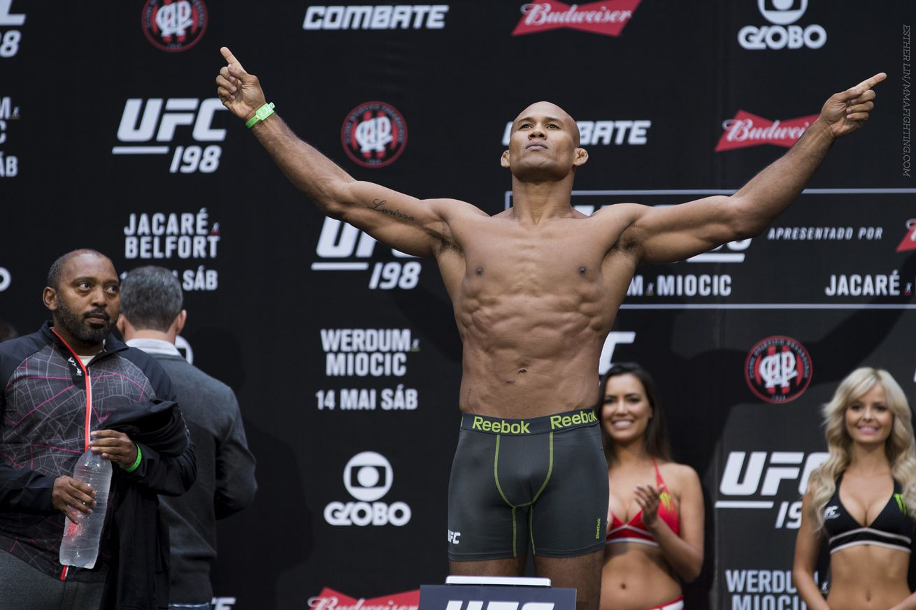 community news, UFC 198 results: Ronaldo Jacare Souza states case with win over Vitor Belfort