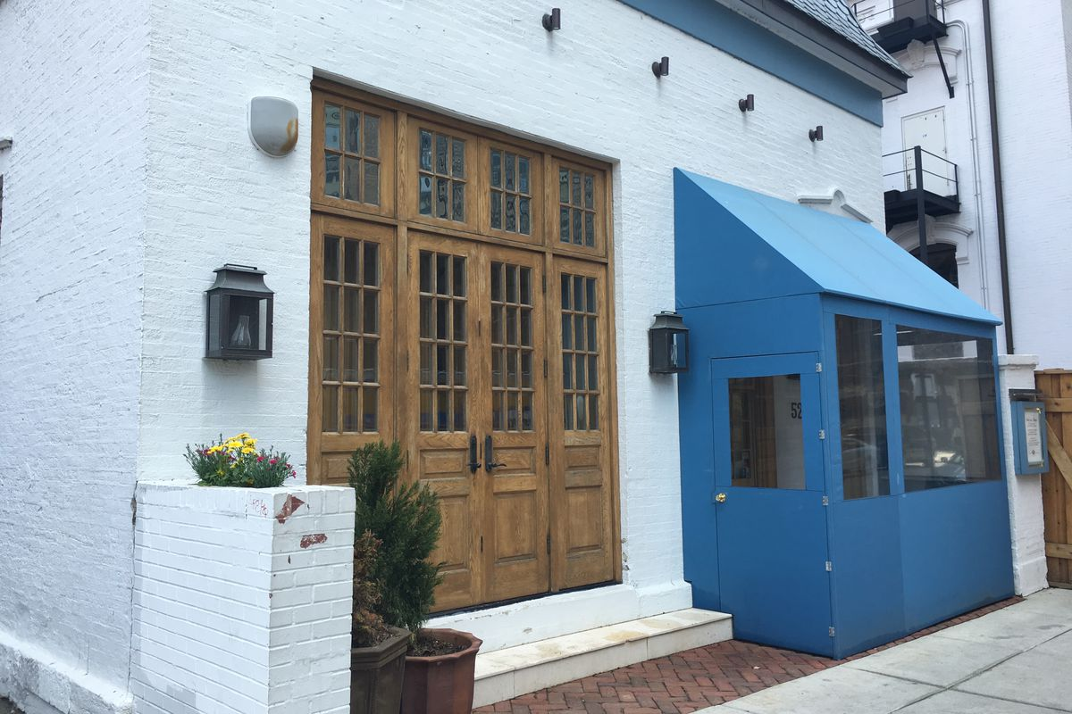 Art smith 39 s blue door kitchen table fifty two 39 s for Table 52 menu chicago