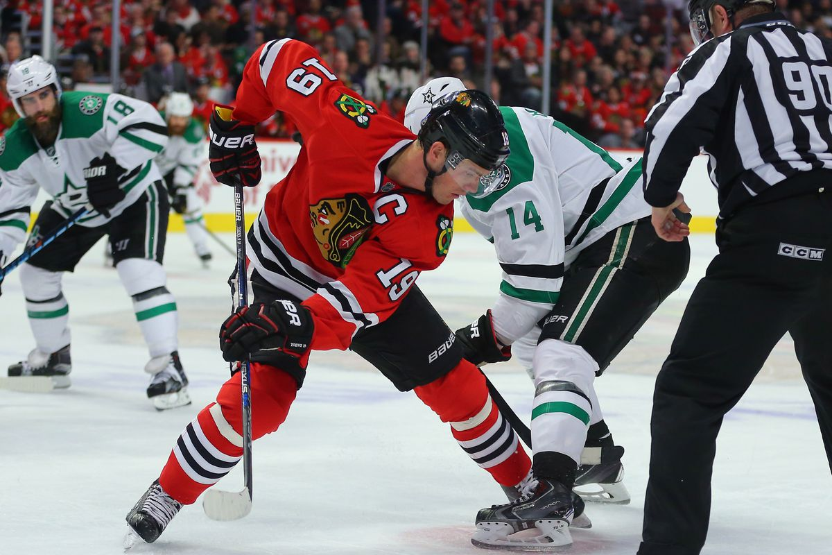 Corey Crawford bounces back in Blackhawks' shootout win over Stars