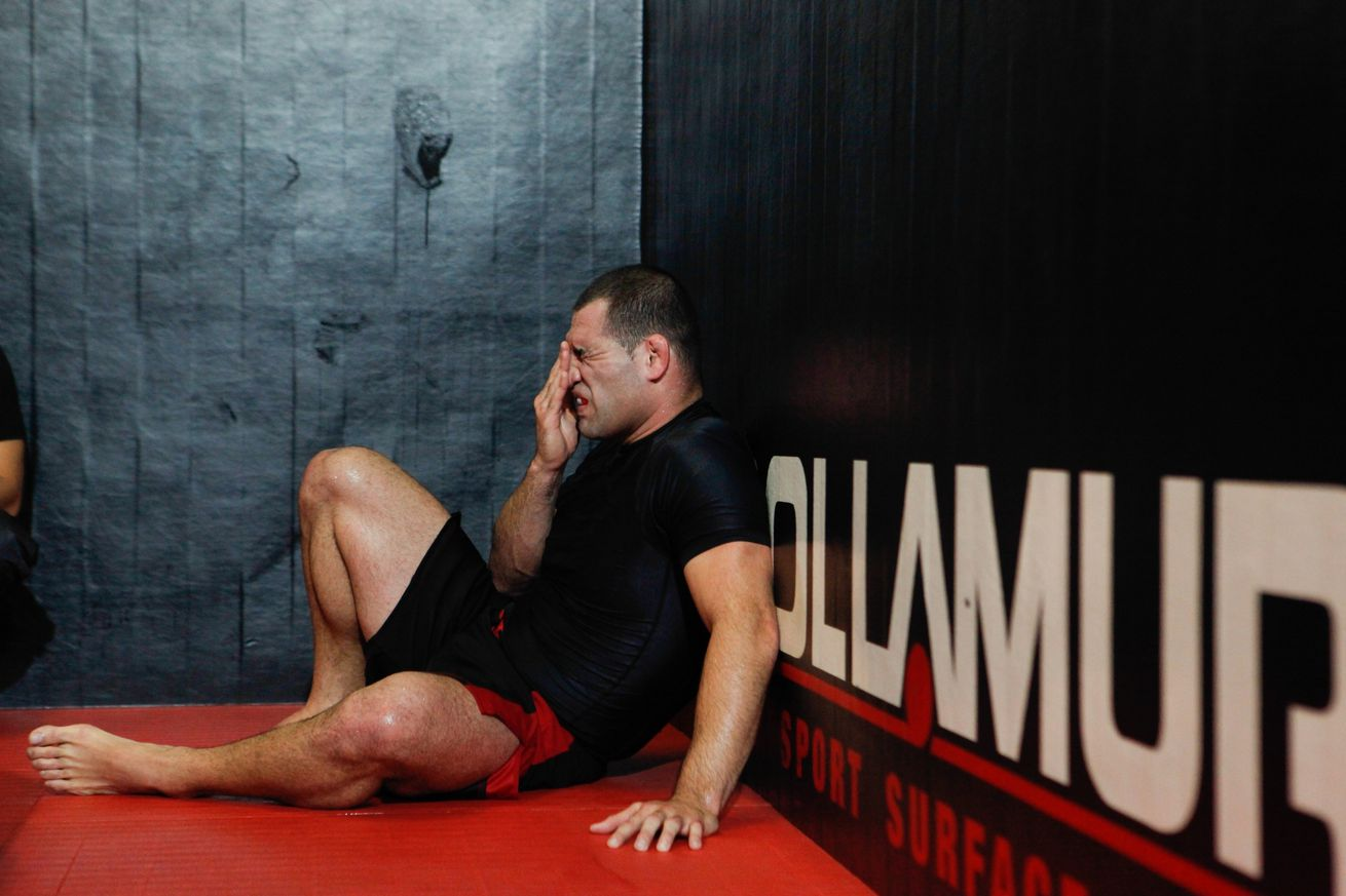 community news, Rothwell: Cain Velasquez messed up the heavyweight division by milking his injuries