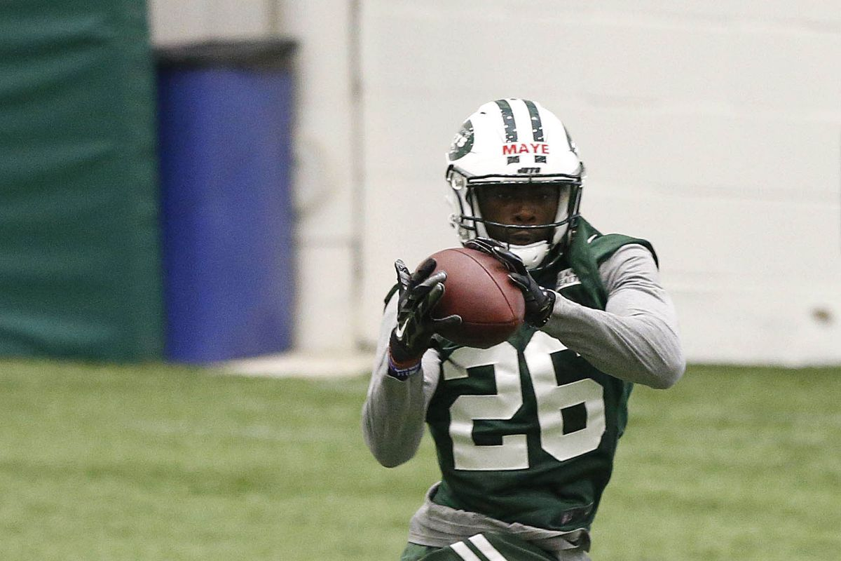 Jets sign draft picks Maye, Donahue; Devin Smith on IR