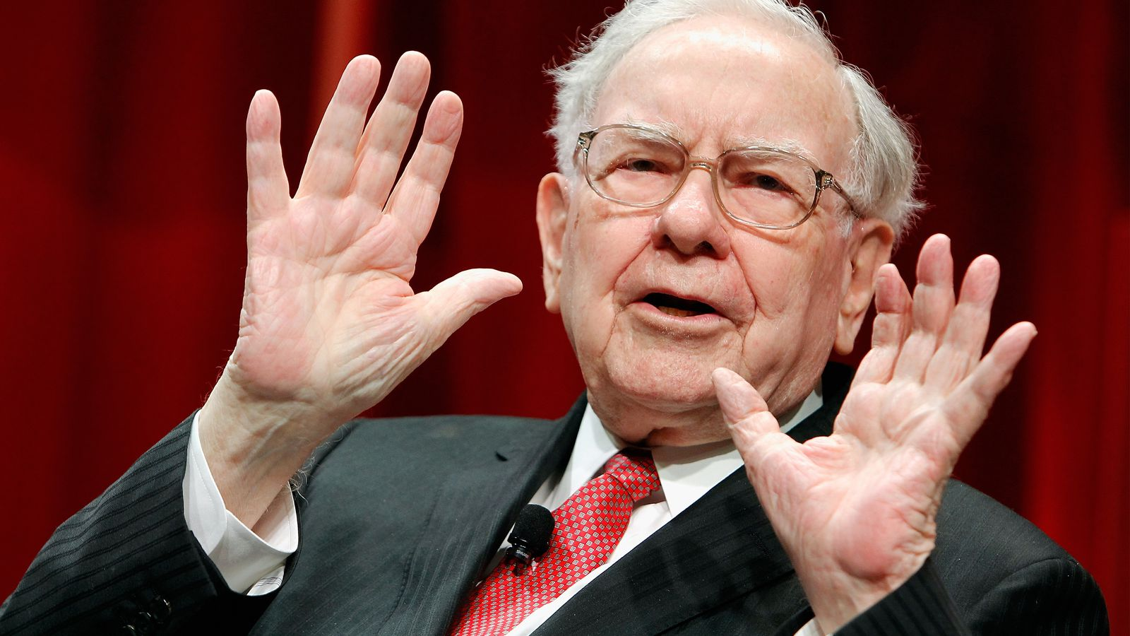 Top ex-Yahoos are advising Buffett-financed group in bid for company - Recode