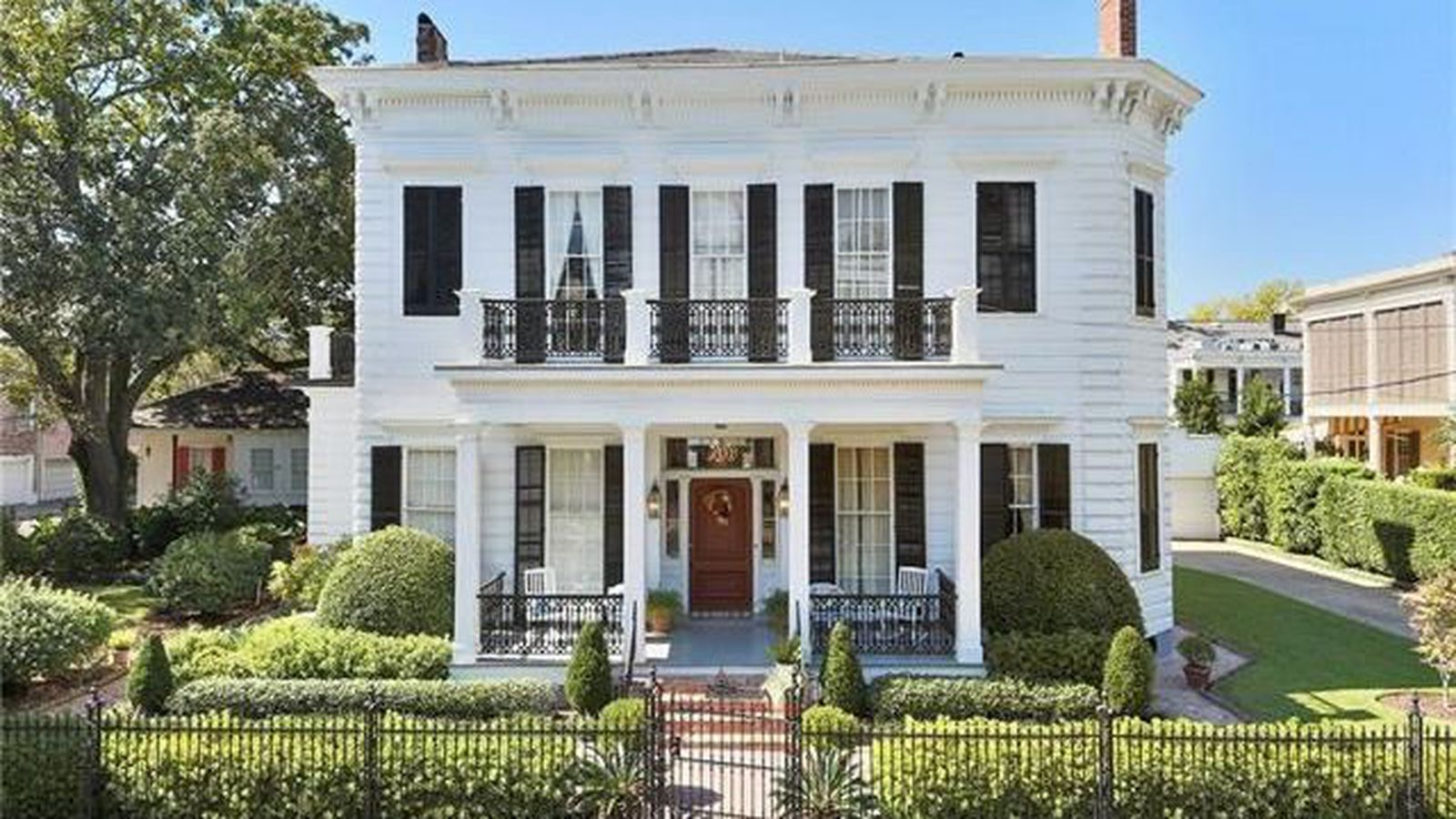 Garden district greek revival sells for curbed for Revival home