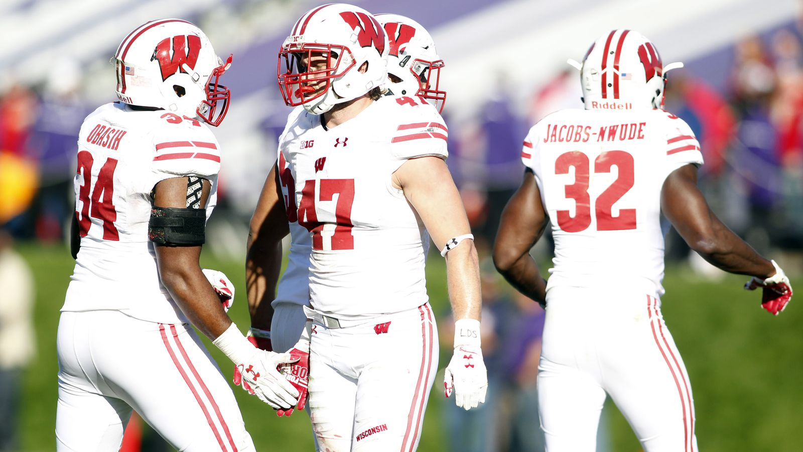 Round Table 122nd Roundtable Reacting To Wisconsins Win Vs Northwestern Buckys