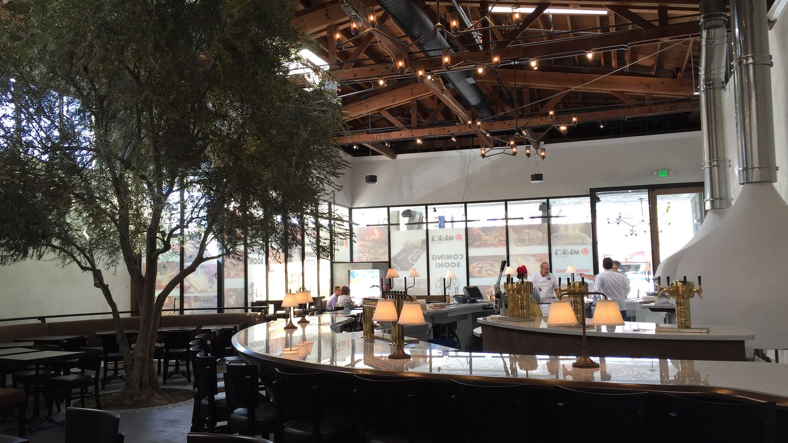 midici in sherman oaks joins the crowded fast
