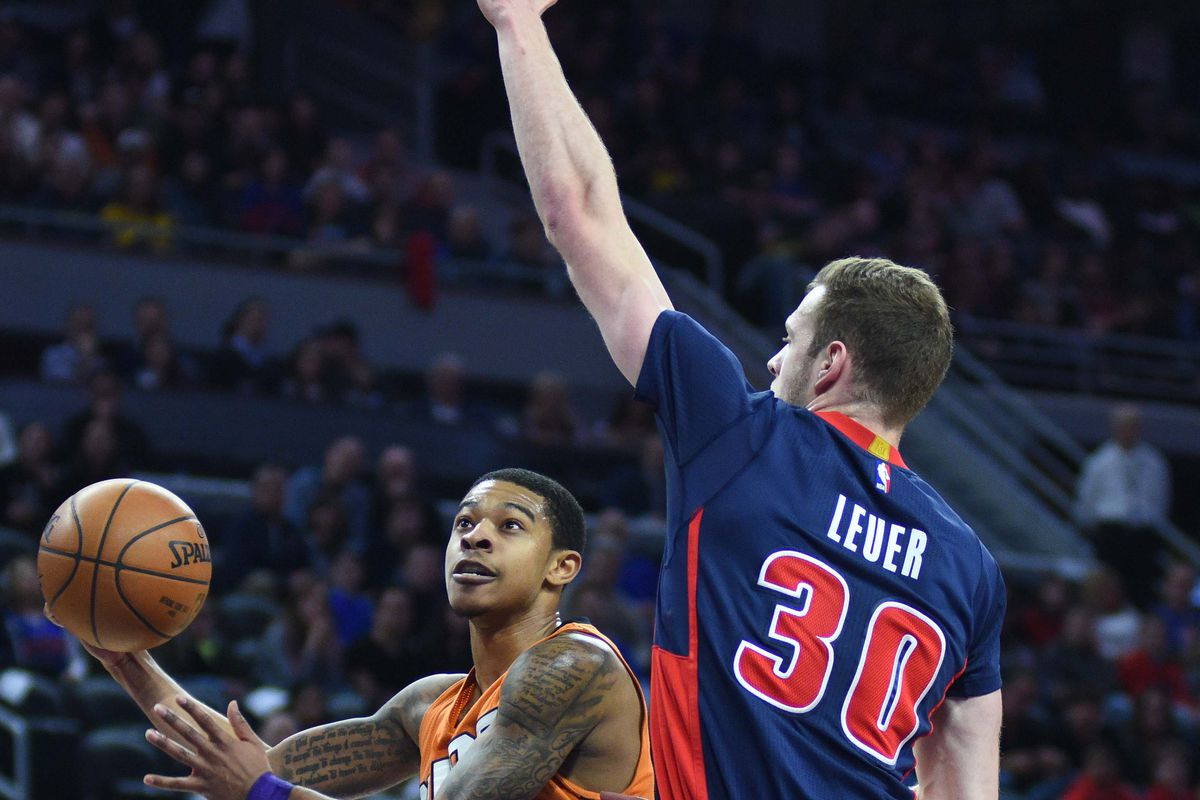 Pistons finish strong, beat short-handed Suns