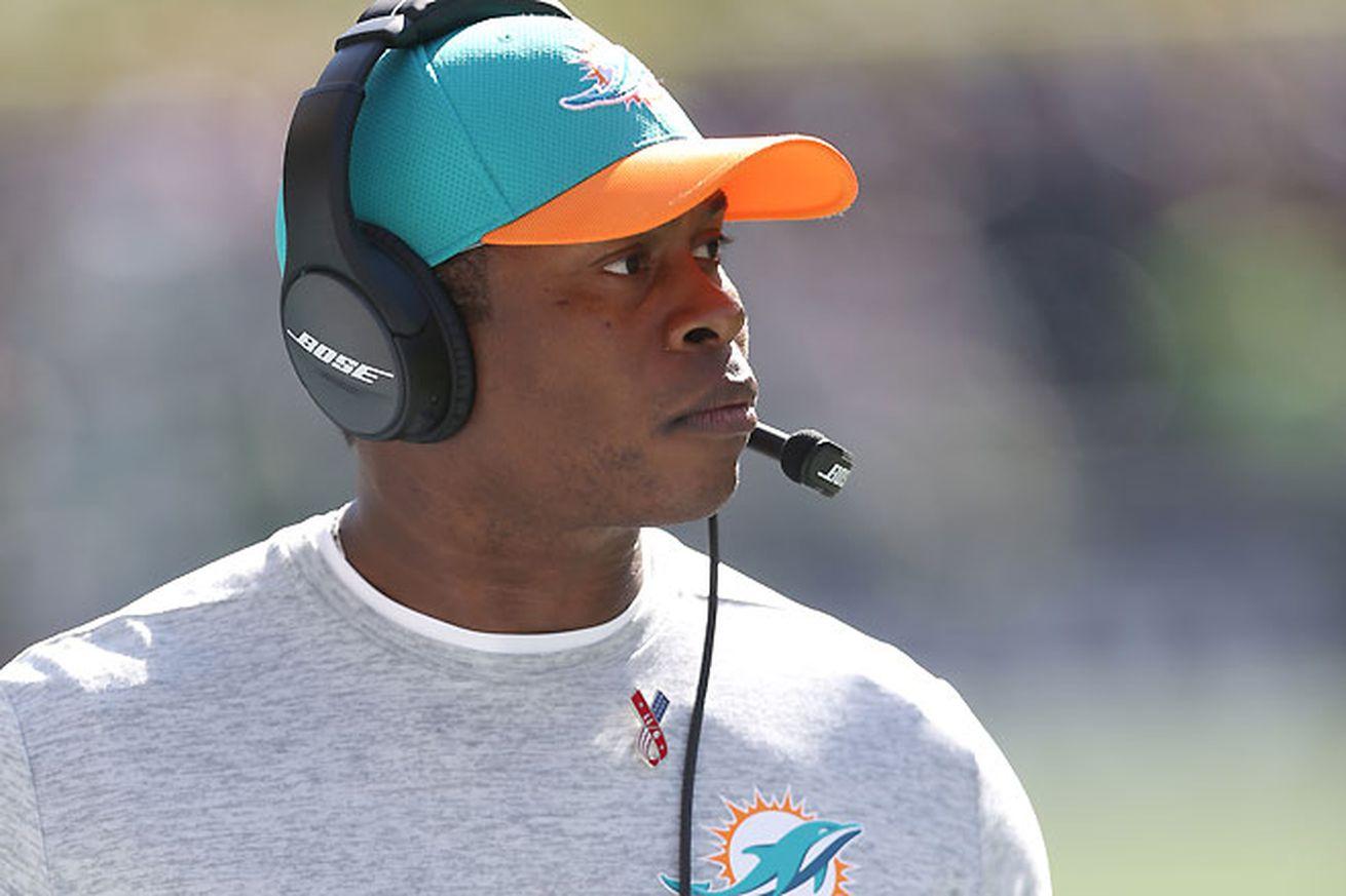 Vance Joseph to interview with Broncos