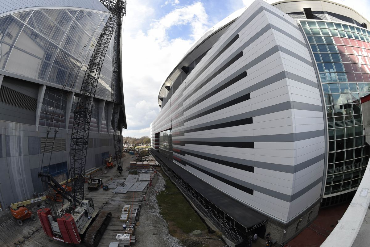 Roof construction delays Mercedes Benz Stadium opening