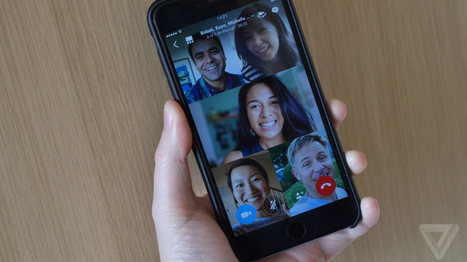 Skype group video calling arrives on iOS and Android today ...