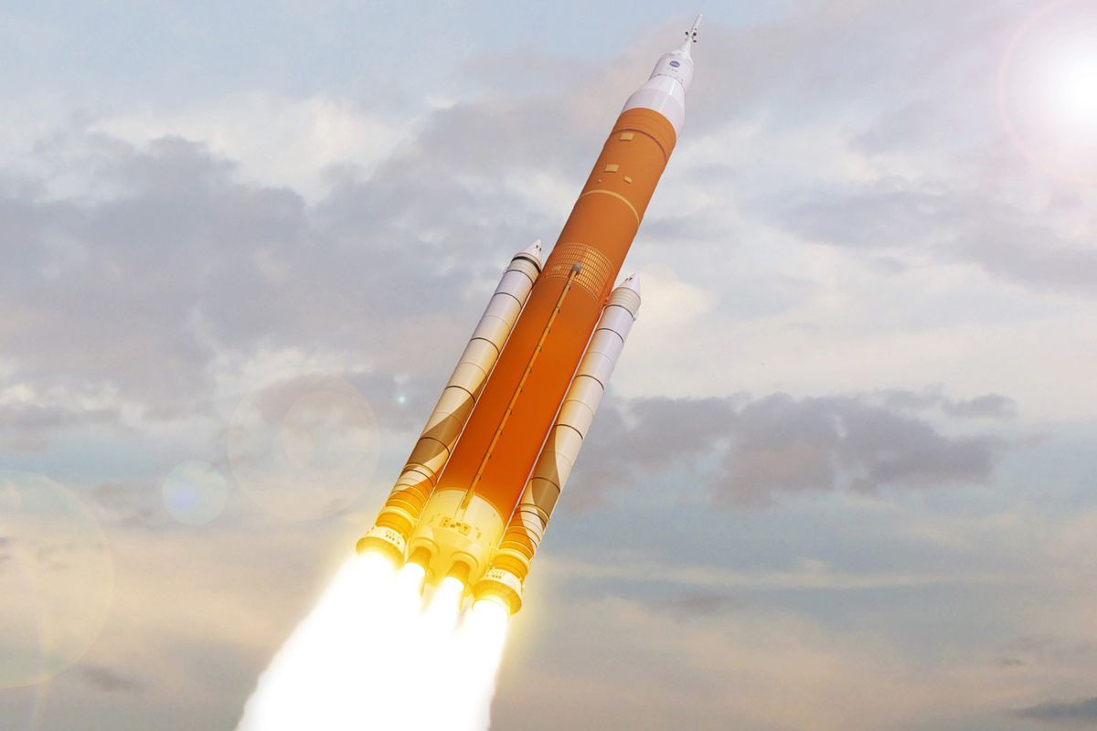 NASA's future deep space rocket gets critical endorsement ...