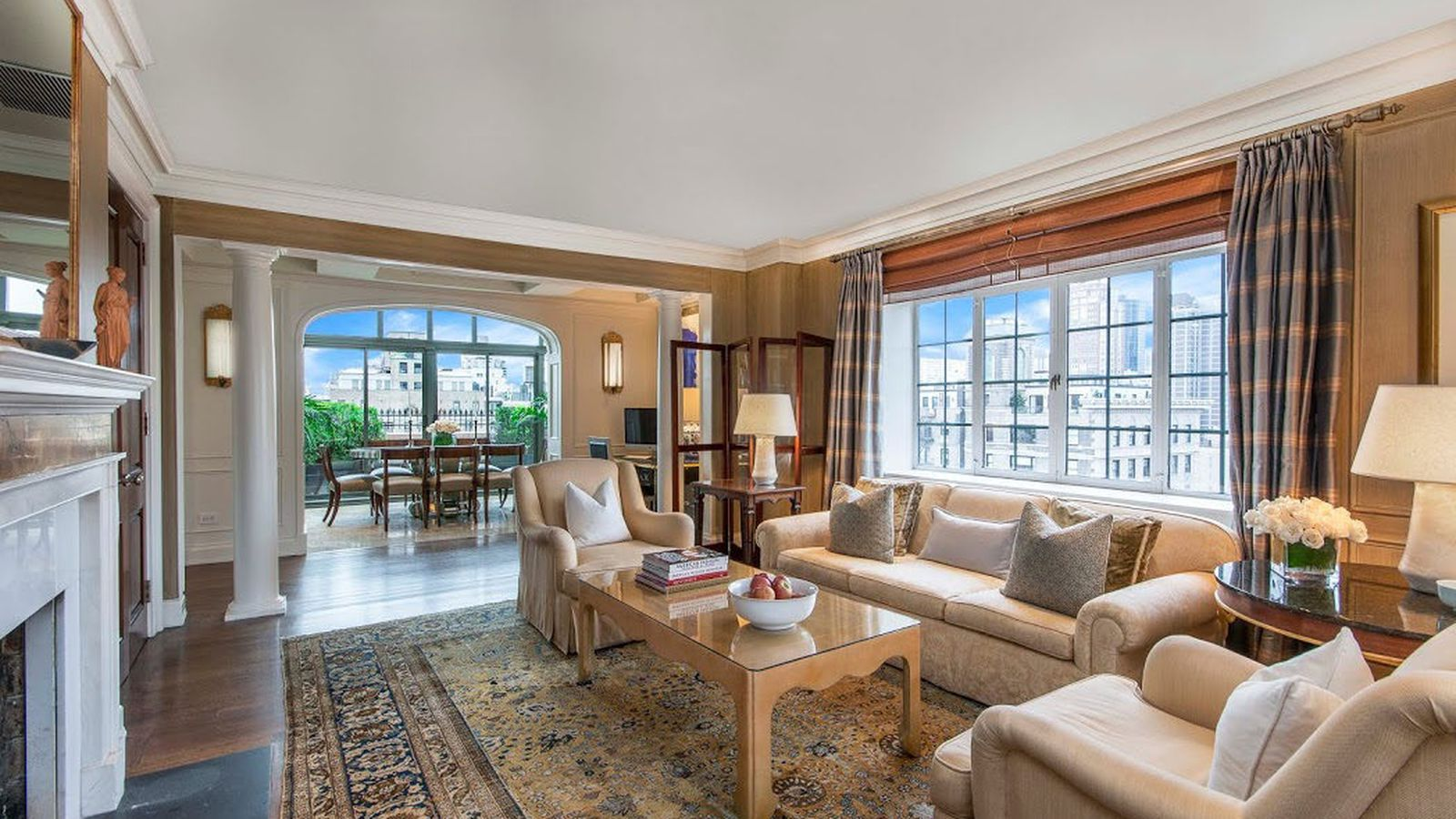 Behold a manhattan penthouse that rents for 300 000 for Manhattan house apartments for sale
