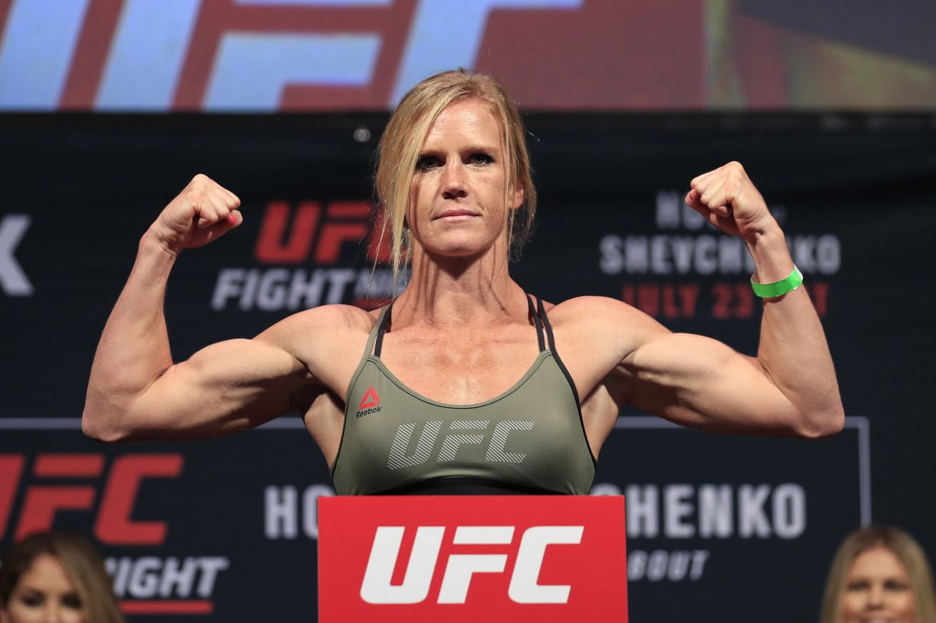 community news, UFC 208 start time, TV schedule, who is fighting tonight at 'Holm vs De Randamie
