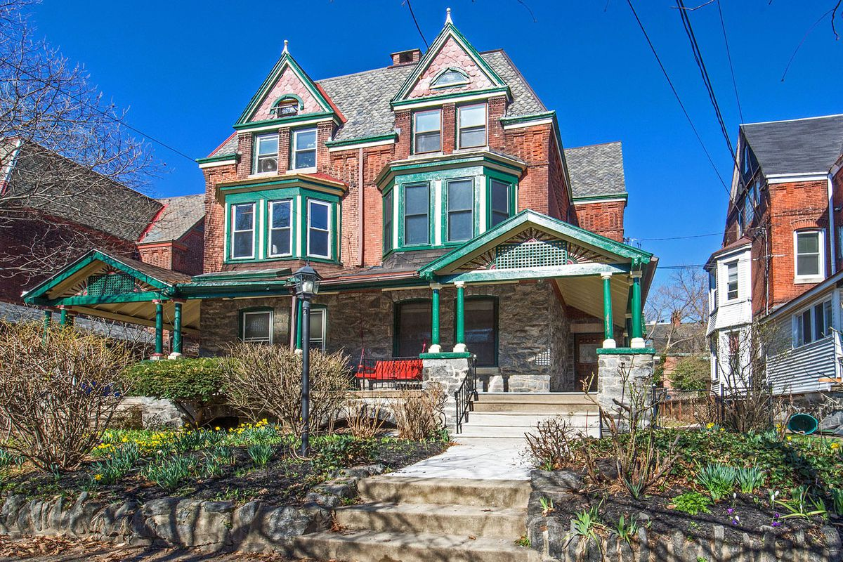 The Victorian Kitchen Garden West Philly Victorian On Beautiful Block Asks 550k Curbed Philly