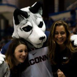 New Hampshire Wildcats @ UConn Huskies