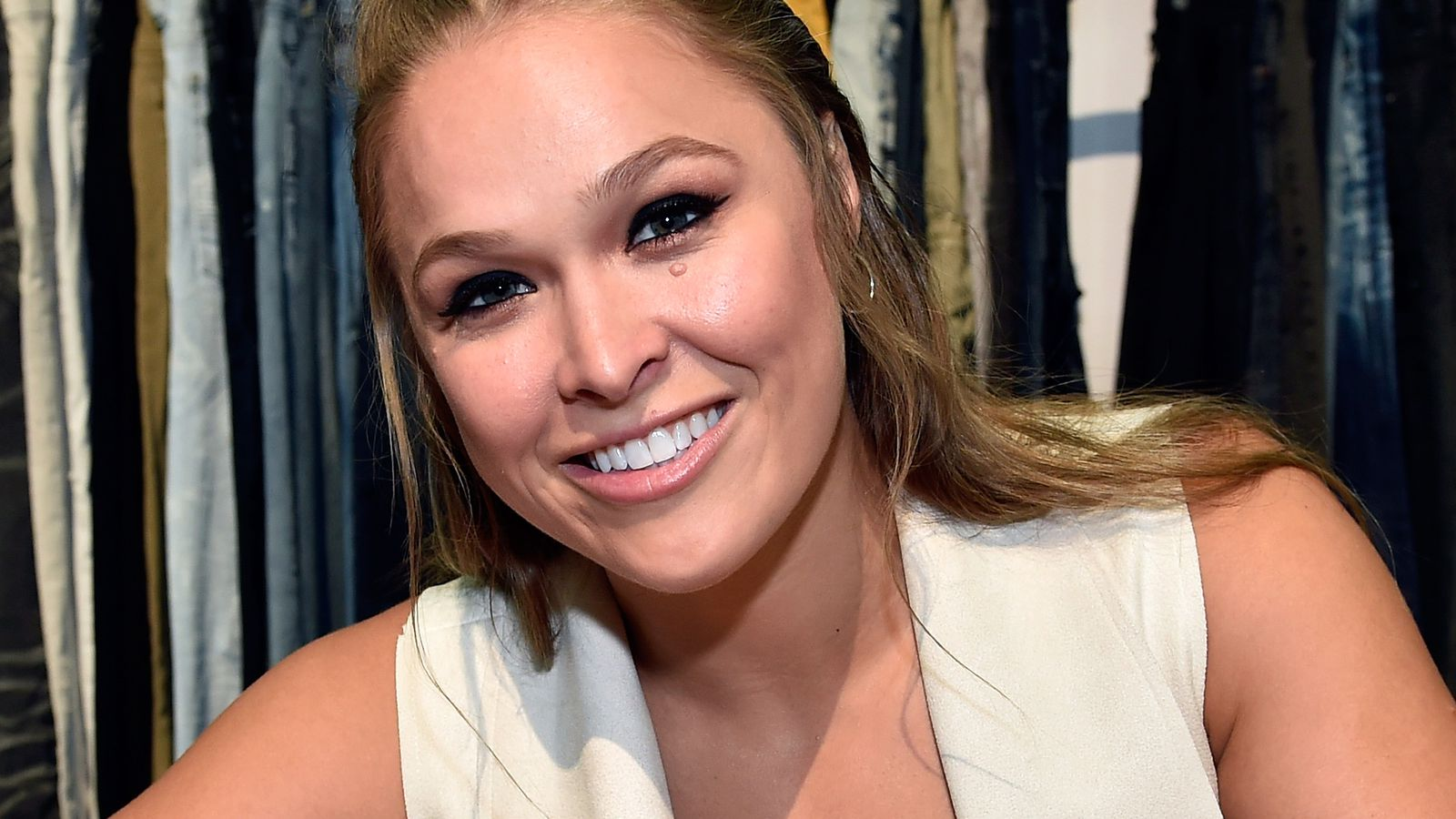 Your stupid questions about UFC return of Ronda Rousey will not be answered