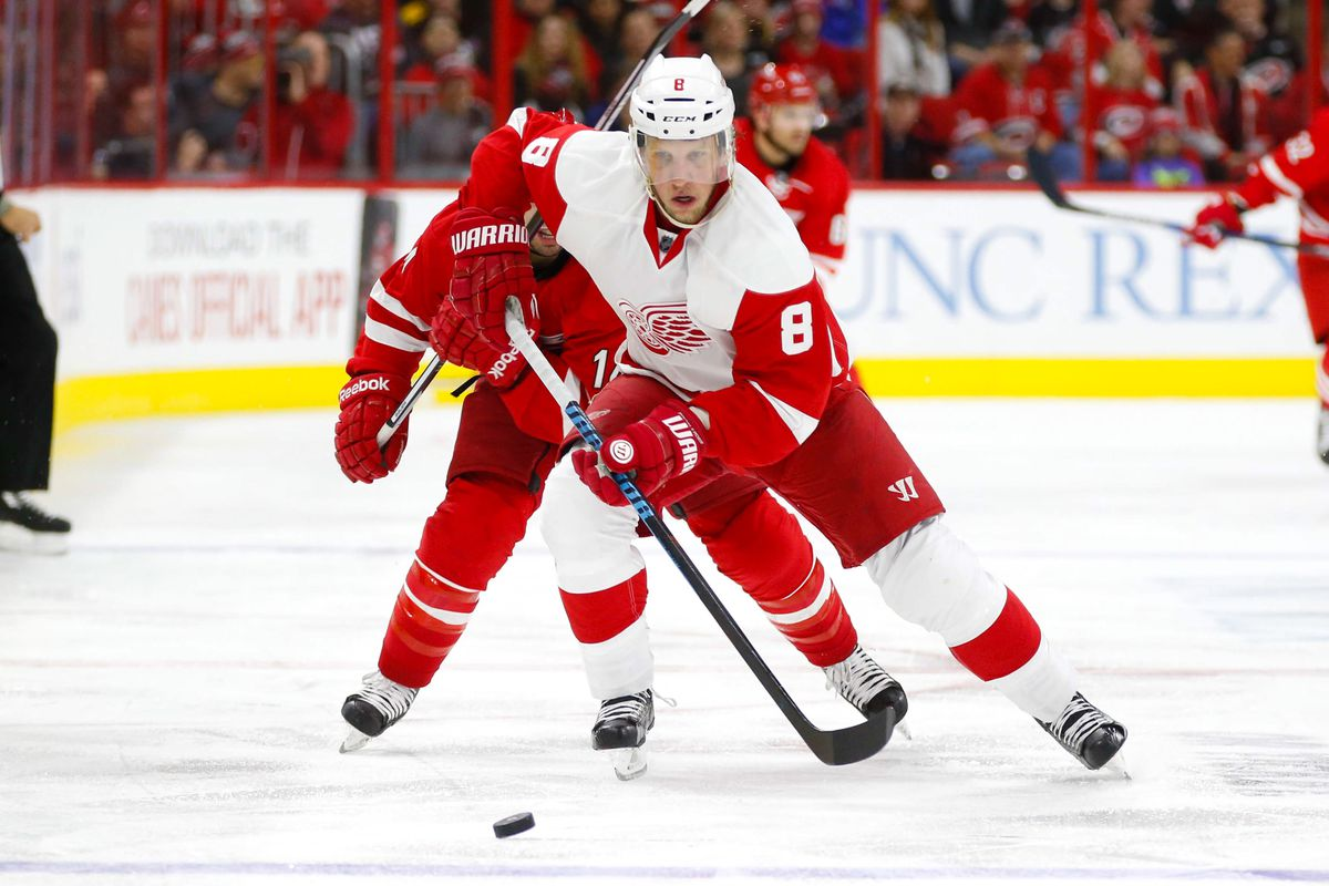 'Canes: Lack strained neck in scary game-ending collision