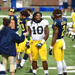 Devin Bush is about to step into the spotlight in a big way. He's played well up to this point, and the ceiling has not really been determined. In fact, that's a good representation of Michigan's linebackers as a whole.