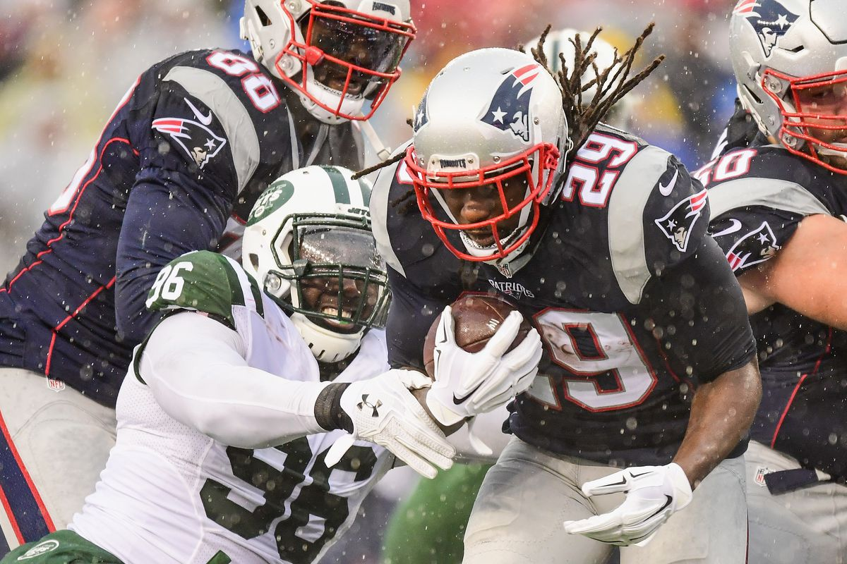 Giants and LeGarrette Blount have mutual interest
