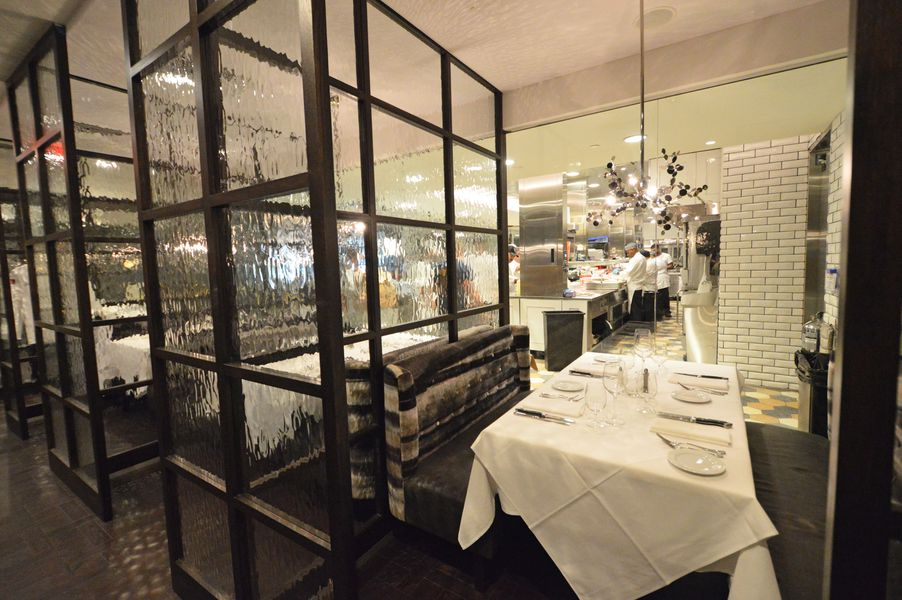 Step inside steak 48 river oaks 39 fanciest new steakhouse for Best private dining rooms in chicago 2016