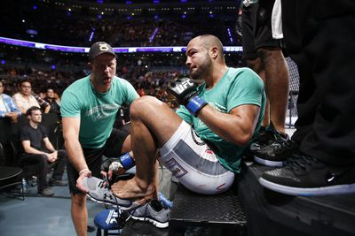 Eddie Alvarez 'didn't know where' Gilbert Melendez was after eye injury