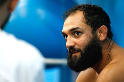 Johny Hendricks: Deer meat, dried up intestines, and kidney stone forced my body to quit