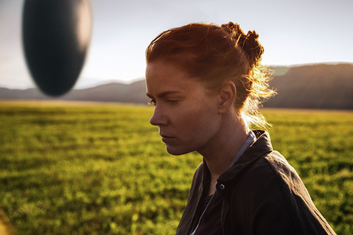 how the short story that inspired arrival helps us interpret the jan thijs paramount pictures