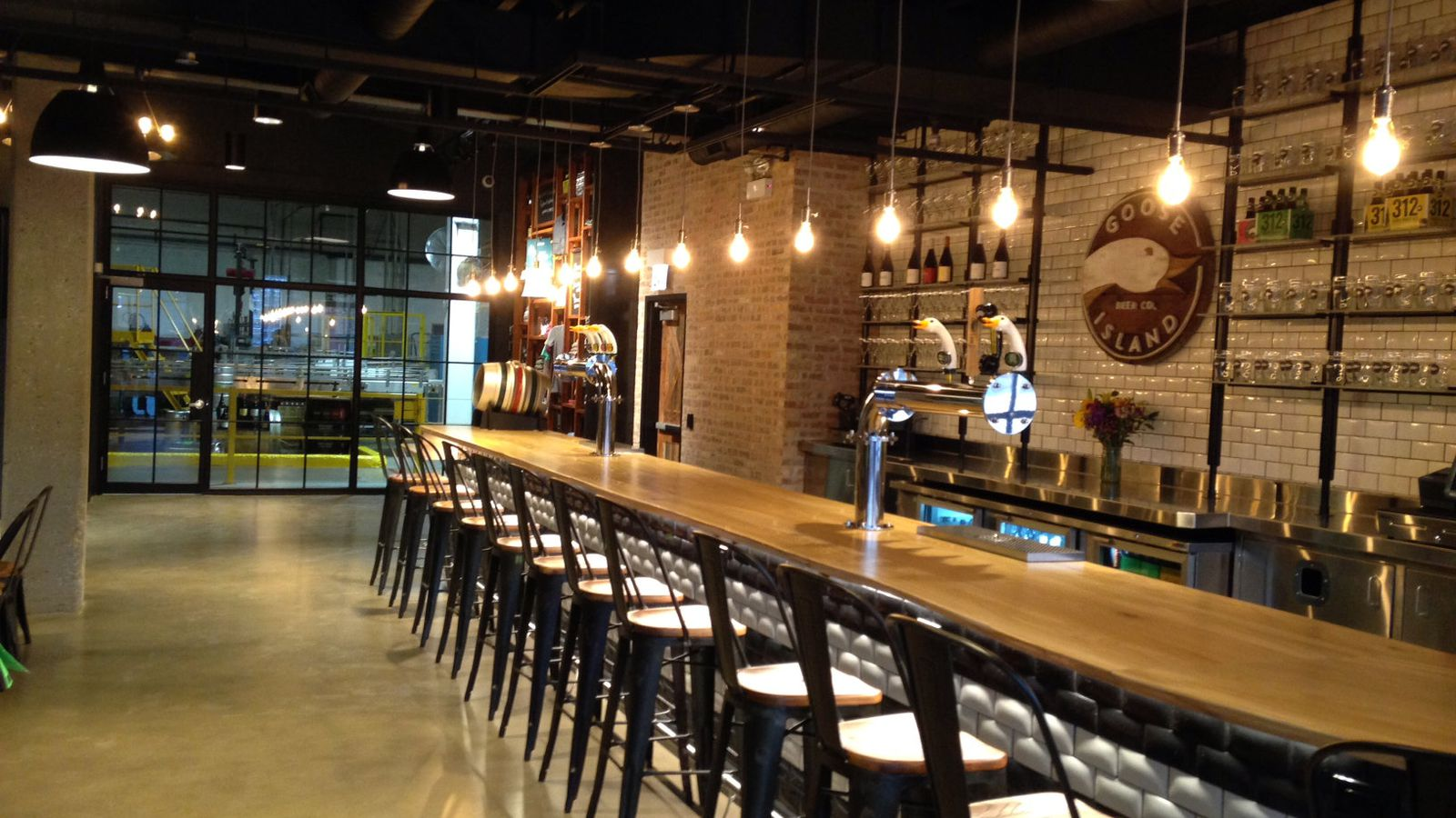 Forthcoming Goose Island Tasting Room To Pour Bourbon