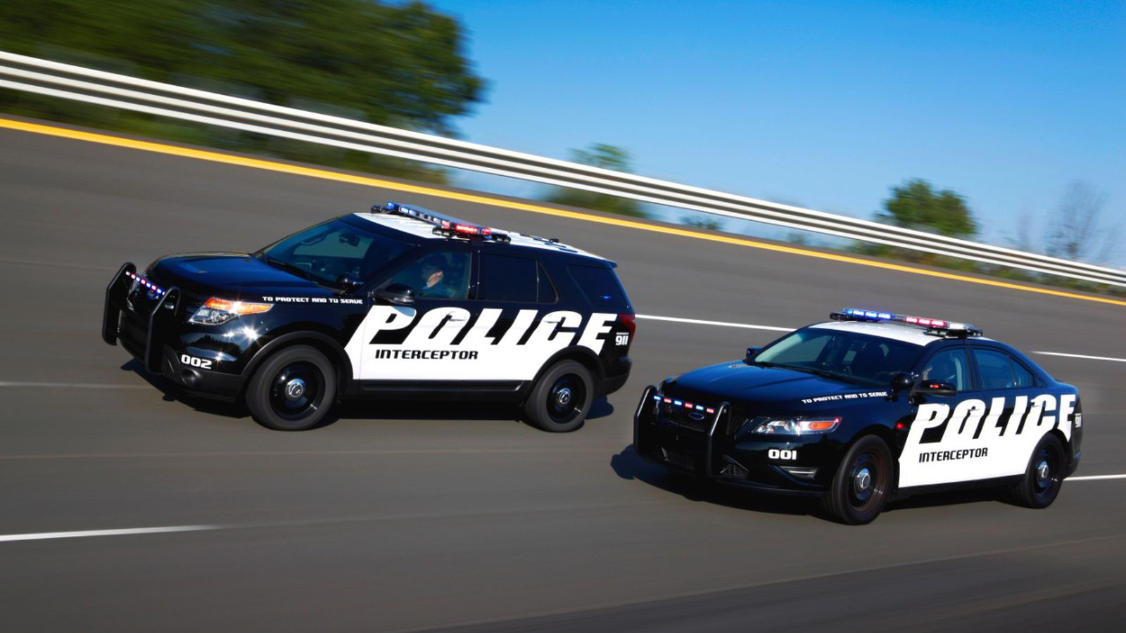 it 39 s official for police the ford taurus and explorer are the new crown vic the verge. Black Bedroom Furniture Sets. Home Design Ideas
