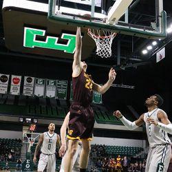 Luke Meyer going in for the easy basket.