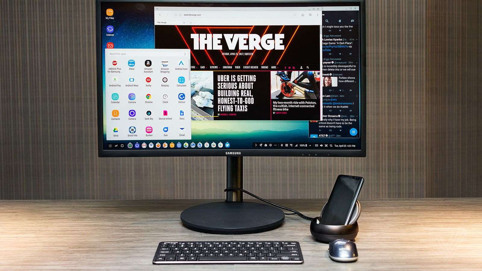 Samsung's DeX is the Closest Thing We Have to Using Our Phones as PCs