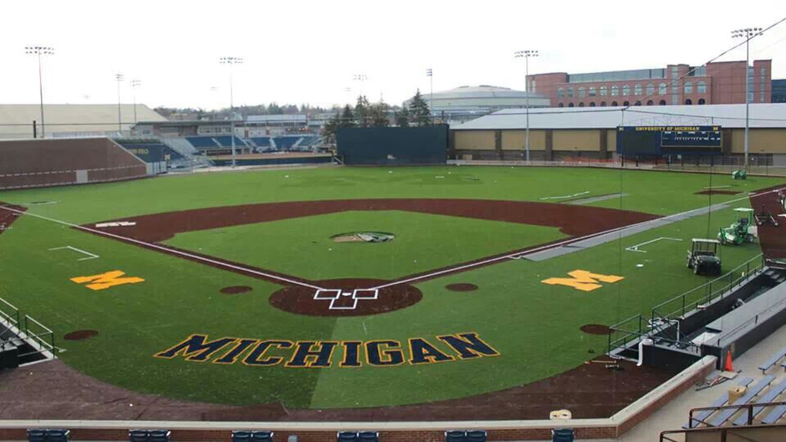 Michigan_baseball_field.0