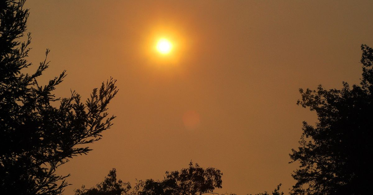 photo image Smoke from California's wildfires will harm people beyond the flames' reach