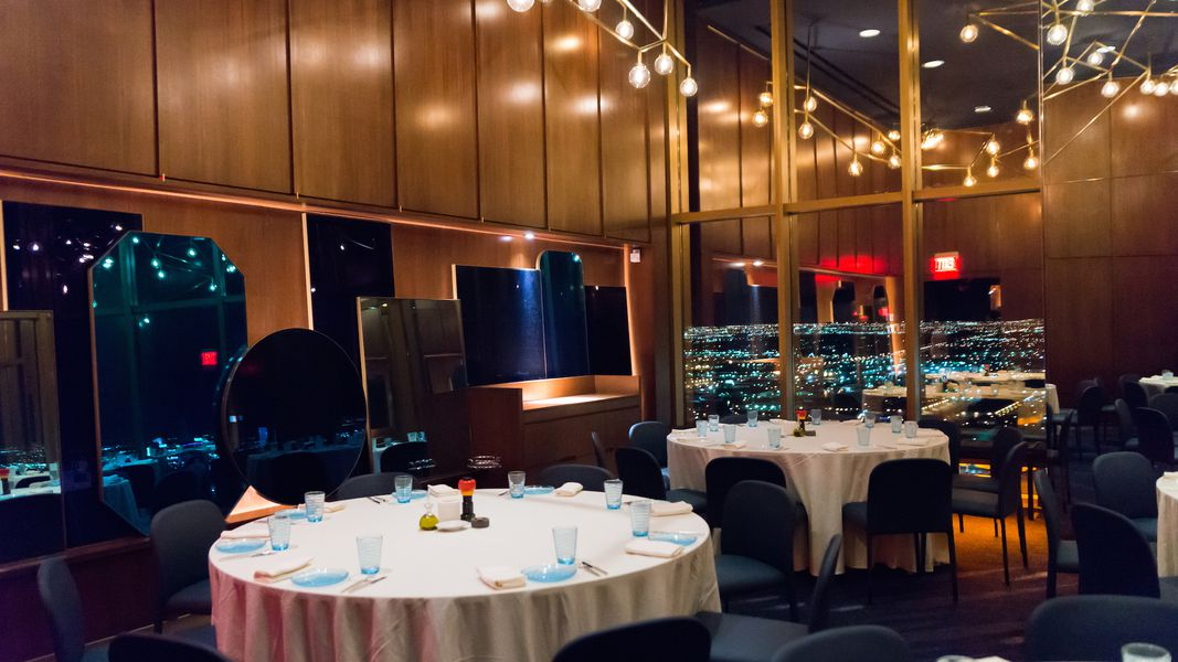 Alain ducasse 39 s new rivea oozes the glamour of the riviera for Rivea restaurant