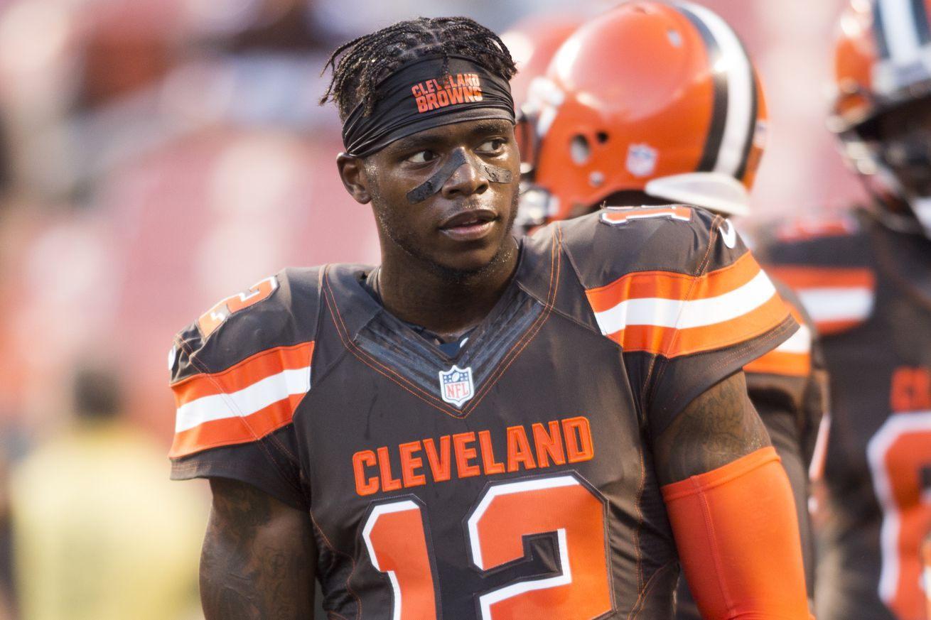 Castoff to captain, RG3 embracing new shot as QB with Browns