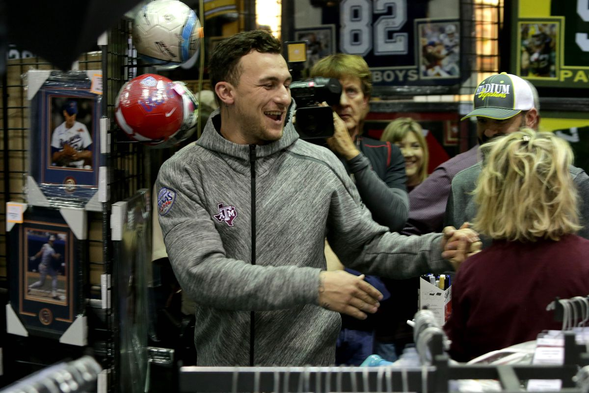 NFL Rumor: Johnny Manziel May Be Joining the NFC South