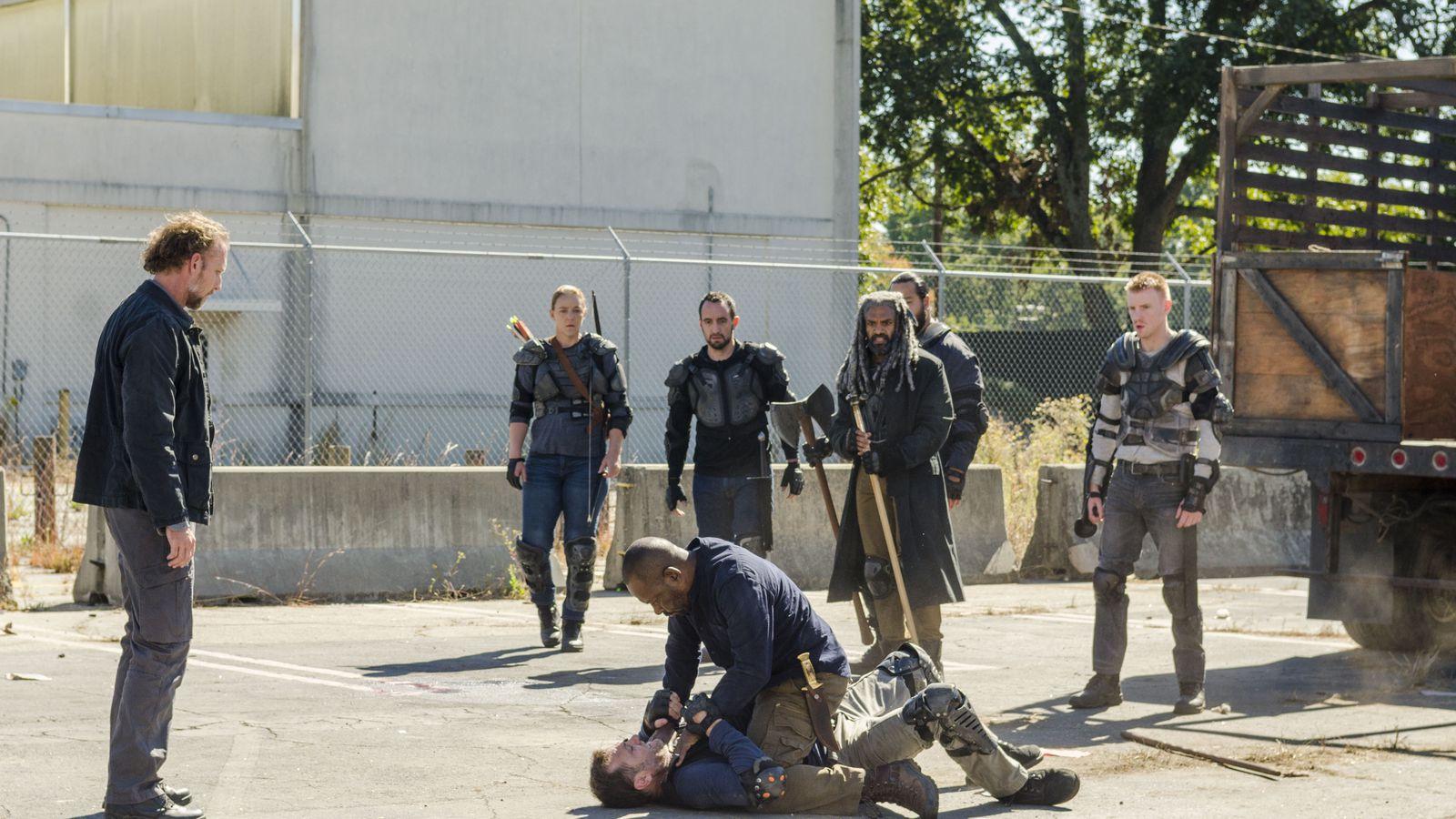Walking Dead: The Walking Dead Redemption Club Season 7, Episode 13
